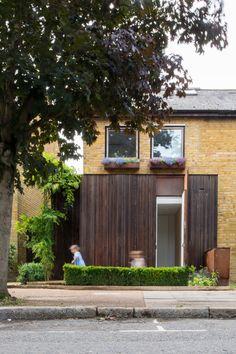 Checa Romero Architects: The Grim House, London.