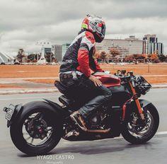 Ducati Cafe Racer, Cafe Bike, Cafe Racer Motorcycle, Moto Bike, Ducati Motorcycles, Custom Motorcycles, Super Bikes, Harley D, Custom Sport Bikes