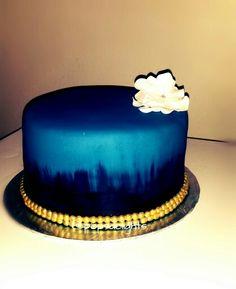 Simply elegant Navy n Gold cake