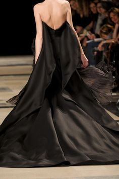 Stephane Rolland Haute Couture Spring 2011
