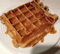 Waffles...more Ideal Protein waffle recipes!  OK, so remember the Blueberry Waffle?....well not just for breakfast anymore! Mix IP Vanilla Pudding mix, one egg, 1-2 oz. water, 1 tsp. cinnamon, 1 tsp. melted WF Apple Butter. Pop it in the waffle iron, top with 1 TBS. WF caramel sauce and you've got yourself one tasty dessert!