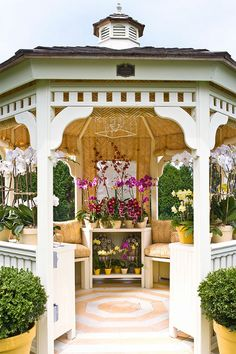 I have a gazebo.... it sure doesn't look like this. Maybe I should do something about it.