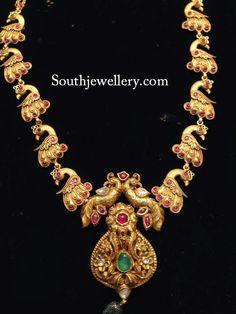 peacock haram statement necklace. Bridal fashion. Bridal jewellery.