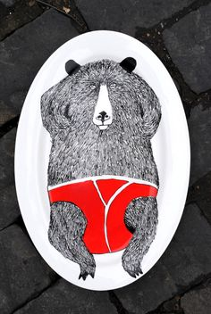 I think this bear serving plate is awesome.