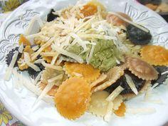 Cappellacci con pesto de pistachos. Ver la receta http://www.mis-recetas.org/recetas/show/43273-cappellacci-con-pesto-de-pistachos