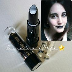 Pintalabios Negro:4€♥Envios a todos los paisesModelo: @airinhada #blacklipstick #shippingworldwide #maquillaje #makeup #mua #makeupstore #makeupshop…