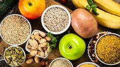 Adopting a vegan diet seems to alter the gut microbiome and improve insulin sensitivity with associated weight loss, compared to eating conventionally even with no direction to restrict calorie intake. Microbiome Diet, Low Fat Vegan Recipes, Calorie Intake, Portion Control, Plant Based Diet, Healthy Drinks, Eating Healthy, Sensitivity, Weight Loss