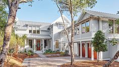 We built a laid-back coastal home that embodies the no-hurries, no-worries vibe of Bald Head Island, North Carolina. Enter a space designed for living