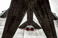 Image 12 of 15 from gallery of Architecture Photography: Lina Bo Bardi's 'Sesc Pompeia'. Photograph by Fernando Pires Museum Architecture, Geometry, Gallery, Home, Design, Legs, Building, Rouge, Architects