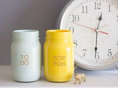 If you need some help organizing your chore and reward system for your kids, these mason jars might be just the thing.