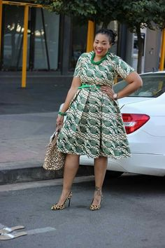 African Dresses For Women, African Print Dresses, African Attire, African Wear, African Women, African Fashion Ankara, African Inspired Fashion, African Print Fashion, Chitenge Dresses