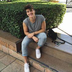 Twitter: alexmapelii
