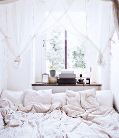 Quero uma casa toda em estilo escandinavo, apesar da minha ser megacolorida. Via: Ricota não Derrete