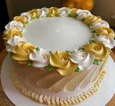 Buttercream Cake Decorating, Cake Decorating Designs, Creative Cake Decorating, Cake Decorating Videos, Birthday Cake Decorating, Cake Decorating Techniques, Creative Cakes, Cake Designs, Cake Icing