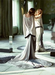 Dreamy...Just dreamy..  Olivier Theyskens for Nina Ricci....