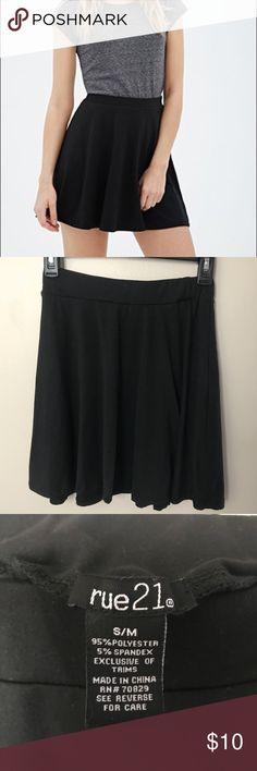 Black Skater Skirt Size S Adorable black skater skirt. Size small. Make me an offer! Discount on all bundles! Rue 21 Skirts Circle & Skater