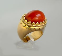Vintage red coral gold ring