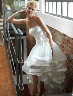 abiti da sposa corti colorati - Cerca con Google