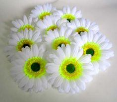 (100) BIG Silk White Gerbera Daisy Flower Heads , Gerber Daisies - 3.5' - Artificial Flowers Heads Fabric Floral Supplies Wholesale Lot for Wedding Flowers Accessories Make Bridal Hair Clips Headbands Dress *** Be sure to check out this awesome product.