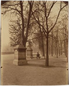 Eugene Atget, Jardin du Luxembourg, of my very favorite places. Old Paris, Vintage Paris, Best Vacation Destinations, Best Vacations, Ghost City, Eugene Atget, Berenice Abbott, Old Photography, French Photographers