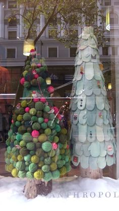 yarn ball & mitten tree - seriously I would do this....if I had that many mittens of course.