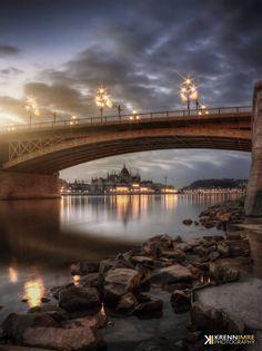 a Parlament a Margit híd alól / The Parliament from the Margaret bridge (Budapest/Hungary) © Krénn Imre / 2014 Amazing Photos, Cool Photos, Most Beautiful Cities, Budapest Hungary, Homeland, Prague, All Over The World, Tao, Roads