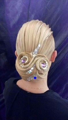 Beautiful hairstyle by lella milano