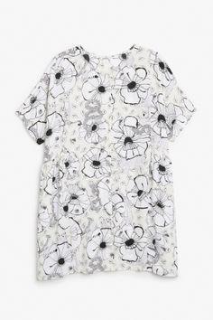 Monki Image 2 of Oversize dress in Off white