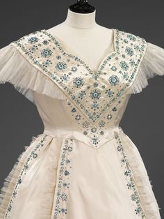 Evening dress designed by Norman Hartnell for Queen Elizabeth (later the Queen Mother), 1953 From the V & A