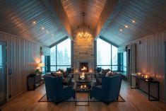 Hytteperle på fjellet- fristed for for nytelse og avslapping! Conference Room, Cottage, Ceiling Lights, Style Inspiration, Table, Furniture, Home Decor, Design, Natural