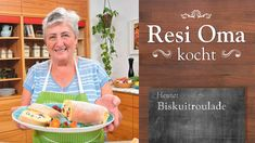 Resi Oma kocht -  Biskuitroulade mit Beerenfülle