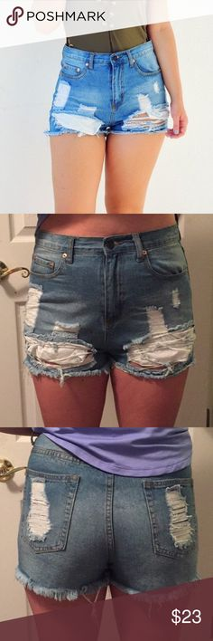 High Waisted Denim Shorts 💛🌸 True to size! My sister is a size 8 wearing them! They don't have stretch. Open to offers! They fit high waisted Shophope's Shorts
