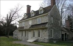 Harriton House, Bryn Mawr, Pennsylvania, Home of Charles Tho… – Stone House Primitive Homes, Old Stone Houses, Old Houses, Farm Houses, Cabana, Stone House Revival, American Farmhouse, Historic Homes, Exterior Design