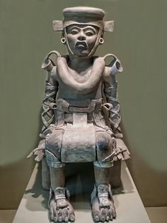Seated Figure from Veracruz, Mexico, 800 - 1200 CE - Ceramic Ancient Aliens, Ancient History, Art History, European History, Black History, Ancient Mysteries, Ancient Artifacts, Inka, Aztec Art