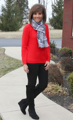 It's Day 22 of my 31 Days of Winter Fashion and I'm styling a cozy red sweater. This might be a perfect sweater to wear for Valentine's day!