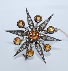 Spectacular Napoleon III brooch, 19th Century. Beautiful work on old cut diamonds and citrine, yellow gold and silver.