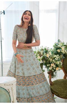 Wedding Indian Lengha Mint Green 40 Ideas For 2019 Lehenga Choli Designs, Ghagra Choli, Bridal Lehenga Choli, Lehenga Wedding, Wedding Hijab, Indian Lehenga, Indian Gowns, Indian Attire, Red Lehenga