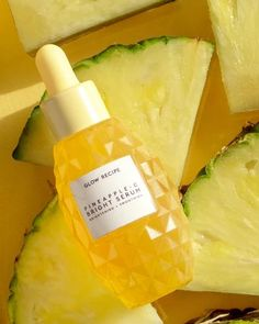 Shop Glow Recipe's Pineapple-C Brightening Serum at Sephora. This potent, lightweight serum brightens and evens tone. K Beauty, Beauty Care, Beauty Skin, Beauty Guide, Beauty Ideas, Beauty Secrets, Daily Beauty, Beauty Tricks, Clean Beauty
