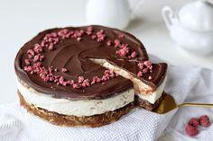 Tvarohový dort - Fitness Recepty Food And Drink, Keto, Cake, Fitness, Desserts, Tailgate Desserts, Pie, Kuchen, Dessert