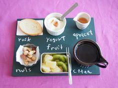 プチプラ絶対エースの黒板!おひとり様も自分流☆ - mamagirl | ママガール Yogurt, Fruit, Tableware, Dinnerware, The Fruit, Dishes