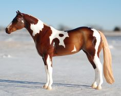 My favorite mold, Breyer's Lady Phase, sure does look good in gloss! This is a BreyerWest prize model, a glossy Treasured Moves. One of only 13 produced! Owned by T. Schulte