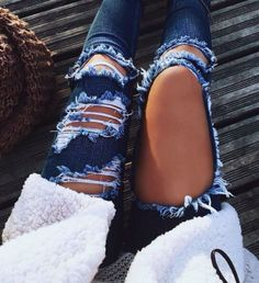 High Waisted Jeans for Women Ripped Jeans Skinny Hole Denim Pants from Clothing - The most beautiful dresses and seasonal outfits Mode Outfits, Jean Outfits, Fall Outfits, Casual Outfits, Casual Pants, Pretty Outfits, Beautiful Outfits, Denim Fashion, Look Fashion
