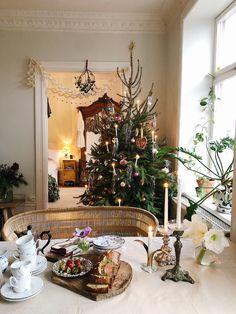 Top 9 - Elsa Billgren - Part 4 - Christmas Feeling, Christmas Time Is Here, Magical Christmas, Cozy Christmas, Holiday Tree, Holiday Decor, Swedish Christmas Decorations, Scandinavian Holidays, Guy Fawkes