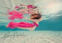 Underwater maternity photography