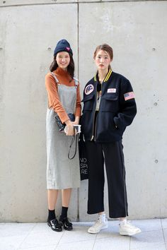 Street style: Ha Na Ryoung and Seo Hyeon shot by Lee Jung Mu at SFW Spring 2017
