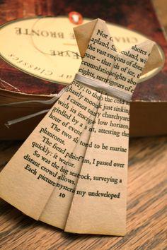 Pretty Dress Book Page Origami Ornament / Bookmark  Pattern (Free)