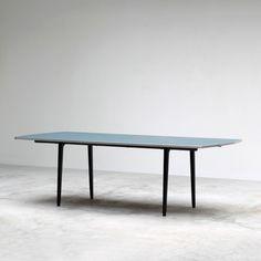 Industrial design Friso Kramer Reform table