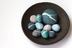 Felted Pebble Gift Set in Blue tones by delica on Etsy - very clever! Felted Soap, Wet Felting, Felted Wool Crafts, Rock And Pebbles, Blue Tones, Felt Art, Pebble Art, Stone Art, Wool Felt