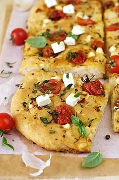 Sweet Sensation: Kruh i focaccia / French Baguettes and Focaccia Bread