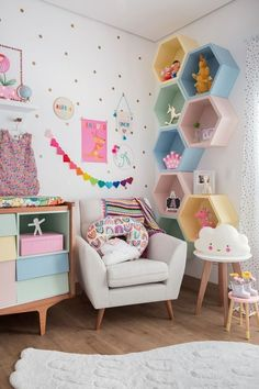 Mommy experts share Kid's Bedroom Storage Ideas That Are A Must See! Clever Storage and Beautiful Designs Create the Perfect kids room design also for a toddler Boy room and toddler girl room Girl Bedroom Walls, Room Ideas Bedroom, Small Room Bedroom, Girl Bedroom Designs, Small Rooms, Diy Bedroom, Small Spaces, Kids Bedroom Girls, Girls Bedroom Decorating